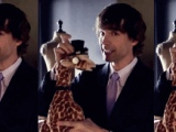 Do Want: Dapper Giraffe, Please (Courtesy of Love Bites)