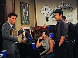 HIMYM: What Puzzles The Bar Needs