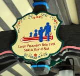 Disneyland Matterhorn Info Much More Awesome As Lorenzo Von Matterhorn Info (HIMYM)